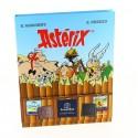 Livre BD Astérix garni de 195g de Chocolats Léonidas