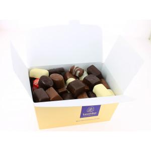 Carton de 12 ballotins 1 kg de Chocolats Leonidas assortis