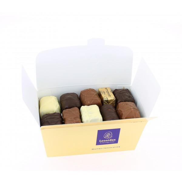 Carton de 24 ballotins de 375g Chocolats Léonidas sans alcool.