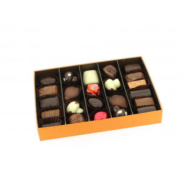 Coffret Automne garni de 350g de Chocolats Leonidas