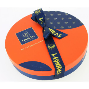 "Coffret ""New Collection"" rond garni de 475 g de Chocolats Leonidas"