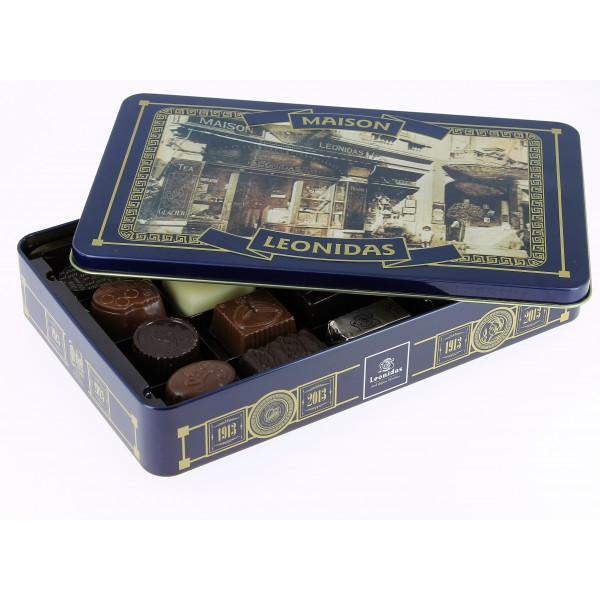 Coffret centenaire garni de 300 g de chocolats Leonidas